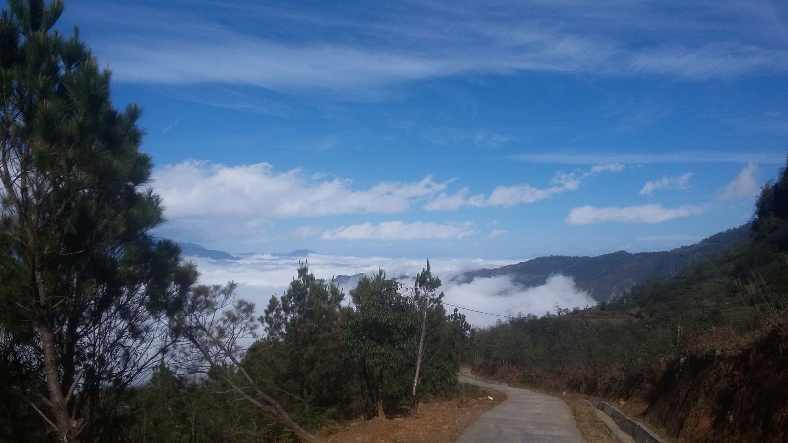 route trekking chasse nuage